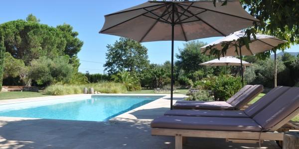 Location vacances argeles sur mer piscine for Argeles gazost piscine