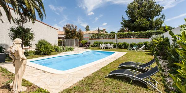 maison-de-vacances-alenya-piscine-jardin-espace-table-transats
